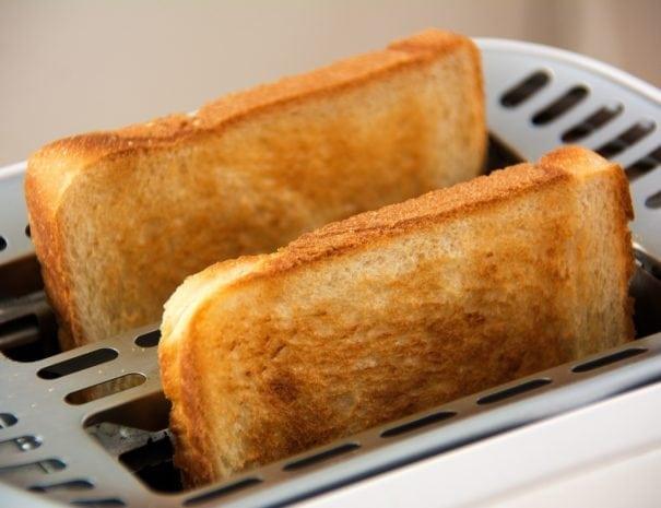 toast-1077984_1920